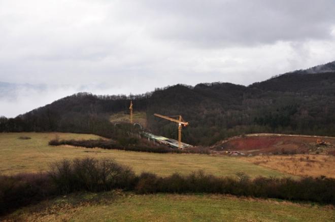 Dálnice D8 ve výstavbě.