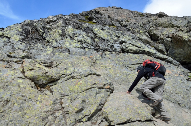Další krátký lezecký úsek