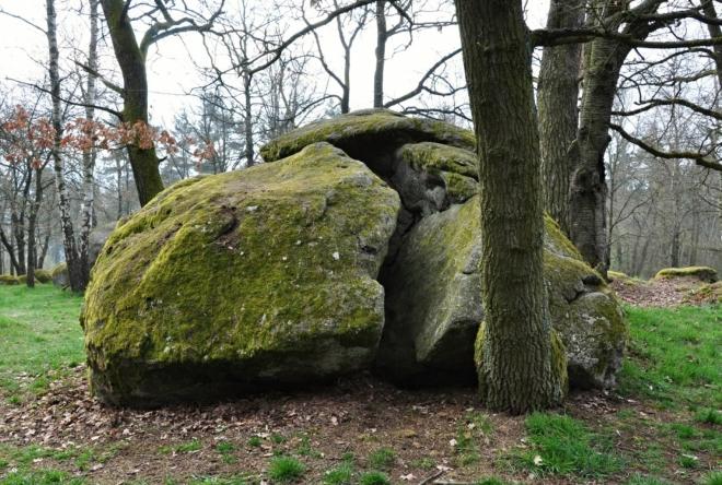 Takhle to dopadá,  když odhodí kámen obr Koloděj.