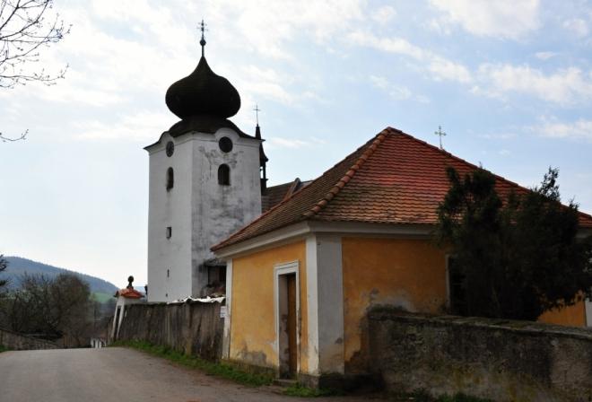 Kostel v Počepicích.