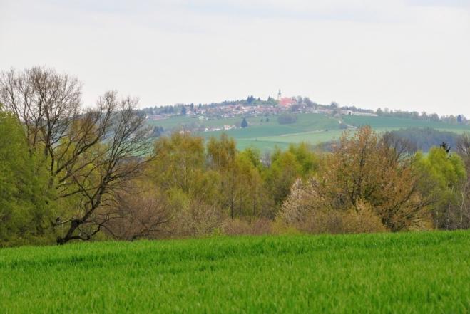 Svatý Jan nad Malší leží na vrcholku Stráže (631 m n. m.).