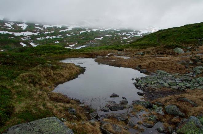 Hardangervidda je krajinou jezer, jezírek a jezíreček…