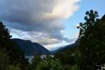 Pohled na Sørfjorden, směrem k městu Odda, Norsko
