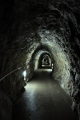 Chodba k východu z Javoříčské jeskyně.
