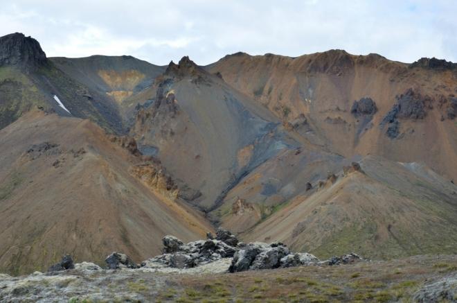 Duhové hory z lávového pole