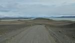 Krajinou jezer. Na obrázku je Þórisvatn, největší jezero Islandu.