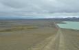 Přehrada a pod ní zelené údolíčko. Není mi jasné, k čemu tu přehrada slouží.