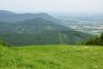 Podgrúň a Gutský vršek a Godula. Kopce vysoké kolem 740 m n. m.