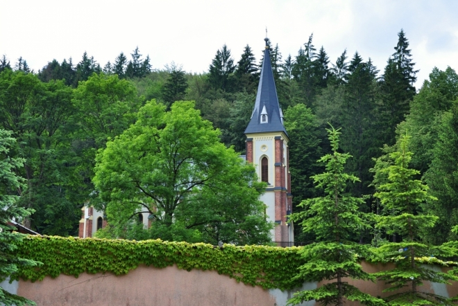 Horní Lomná - Kostel sv. Kříže.