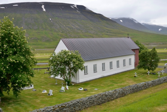 Budova kostela bez věže