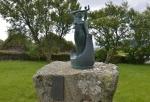 Socha malého Leifa Eriksona, Vikinga z Islandu, který okolo roku 1000 jako první Evropan doplul do Severní Ameriky (když k ní nepočítáme Grónsko, objevené Vikingy z Norska již dříve).