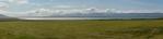 Krajina okolo kostela þingeyrar: jezero Hóp hned u pobřeží, oddělené od moře jen úzkým pásem pevniny.