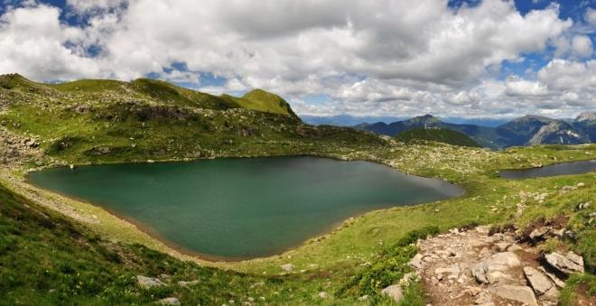 Jezero Laghi di Bombasèl.