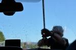 Mytí předního okna ve Švédsku