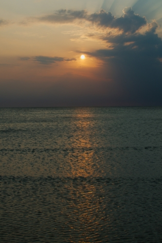 I Dánsko nám po Norsku ukazuje krásu svých západů slunce.