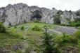 Zákostelská tiesňava s velkým převisem. Tzv. Kostolecký dôm se též nazývá Střecha Slovenska. Ve skalách vede několik obtížných cest.