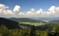 Jak jsme vysoko dokumentuje pohled do údolí Váhu.