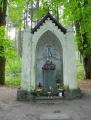 Kaple Panny Marie stojí pod hradem již od roku 1852.