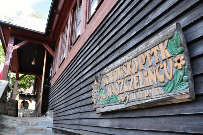 Turistická chata Na Szczelincu.