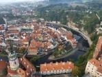 Historick centrum Českého Krumlova bylo na seznam dědictví UNESCO zařazeno v roce 1992. Rozsáhlý areál hradu a zámku společně s unikátní městskou zástavbou ze 16. století se vypínají nad romantickými meandry řeky Vltavy. Jedinečné je také barokní divadlo s otáčivým hledištěm.