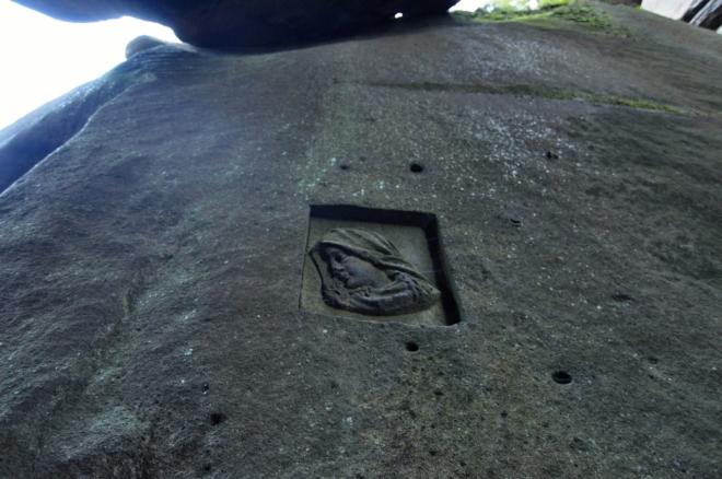 Panenka Marie v jeskyni