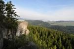 Frýdlantská vyhlídka je nejvyšší místo stolové hory Ostaš. Je z ní pěkný výhled na Teplicko-adršpašské skály, Jestřebí hory, Javoří hory, Broumovské stěny a za dobrého počasí i Krkonoše.