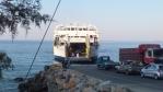 trajekt Daskalogianis v přístavu Chora-Sfakion na jižním pobřeží Kréty ...