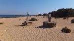 pláž a zátoka Lavrakas, jedna ze studní s výbornou sladkou vodou ...