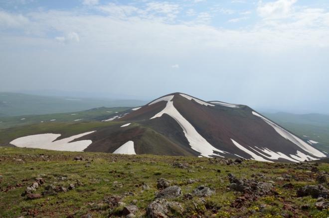 Jižní vrchol Aždahaku v plné kráse