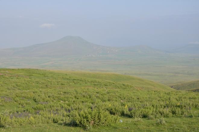 Výhled k vrcholu Atis