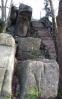 Původní vyhlídkové místo na vrcholu Černé Studnice.