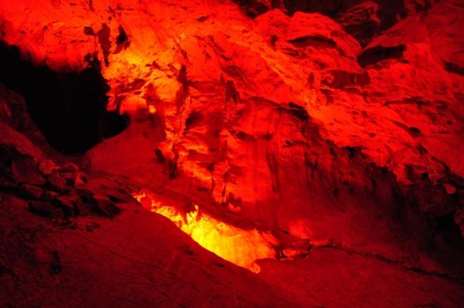V Bozkovské jeskyni...