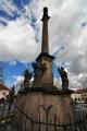 Mariánský sloup byl postaven v roce 1702 na Valdštejnově náměstí. Sloup umístěný ve středu sousoší je vysoký 6 metrů a je ukončený korintskou hlavicí. Na ní se nachází socha Panny Marie, která stojí na zeměkouli. Okolo sloupu stojí čtyři andělé. (Mapy.cz)
