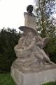 Socha Prométhea s bustou K.H.Borovského. Socha byla zhotovena roku 1906 J. Říhou.