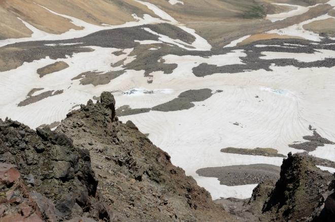 Detail terénu v kráteru