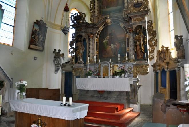 Interier kostela...