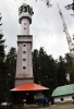 Klostermannova rozhledna se znovu turistům otevřela po přístavbě horní části.Zatraktivnit vrchol Javorníku rozhlednou napadlo šumavského spisovatele Karla Klostermana. Stavba se však uskutečnila až po jeho smrti, v roce 1938, podle návrhu architekta Karla Houry. Postupem času začaly vyhlídku přerůstat okolní smrky a tak byla v roce 2003 na vrchol umístěna dřevěná nástavba. Rozhledna je nyní 39,6 m vysoká. (mapy.cz)