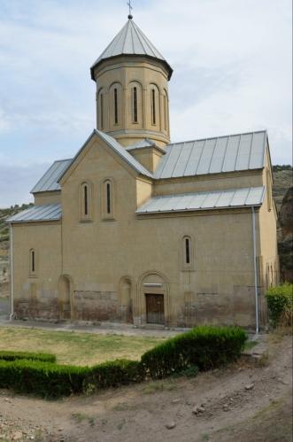 Kostel sv. Mikuláše, znovupostavený koncem 90. let.