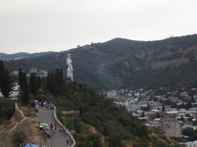 Předevčírem jsme navštívili Matku Arménii, dnes je na řadě Matka Gruzie.