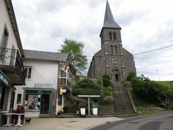 St-Genés Champespe. Vše pohromadě