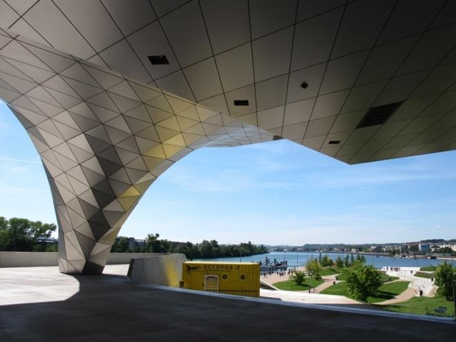 Lyon - Na soutoku