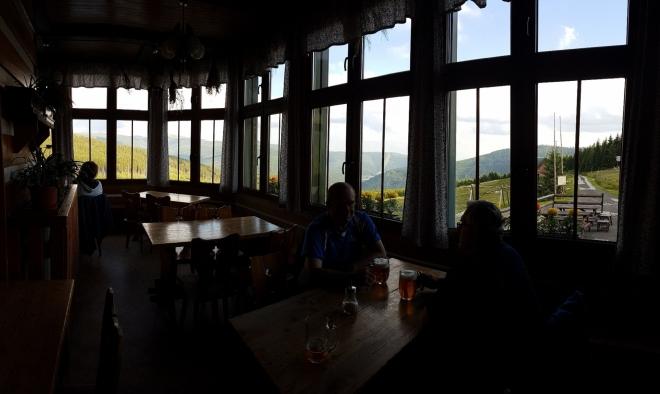 V restauraci s dokonalým panoramatickým výhledem.
