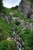 Pančavský vodopád má málo vody.