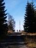 Cesta od Březníku k provalené Roklanské vodní nádrži je asfaltová a i dále až zpět do Modravy pro peší turistiku jak dělaná. Není dle mého žádný důvod k zákazům vstupu. I zmiňovaný tetřev, plašený před olympiádou Katkou Neumannovou, tady odsud asi nadlouho zmizel.