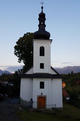 Kostel u našeho penzionu.