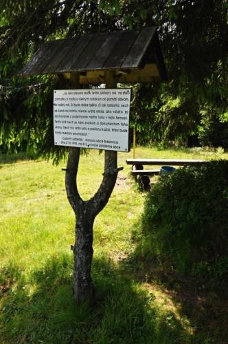 Vrchol je využíván i pro mši, která se zde koná zjara každoročně.