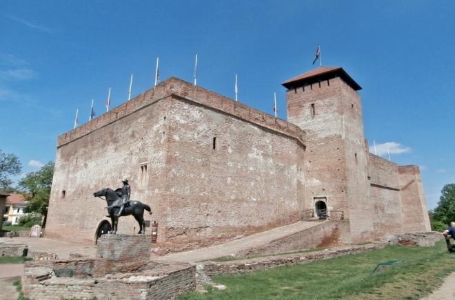 Hrad v Gyule