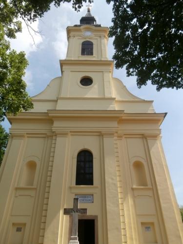Jeden z kostelů v Gyule
