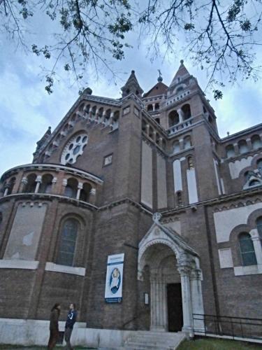 Průčelý katedrály