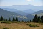 Tak kdesi vzadu mezi modravými horami leží planina Padis.